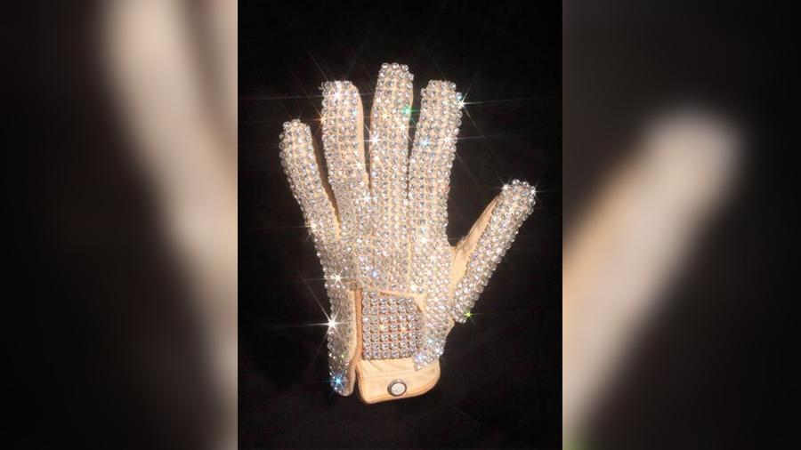 перчатка майкла джексона
