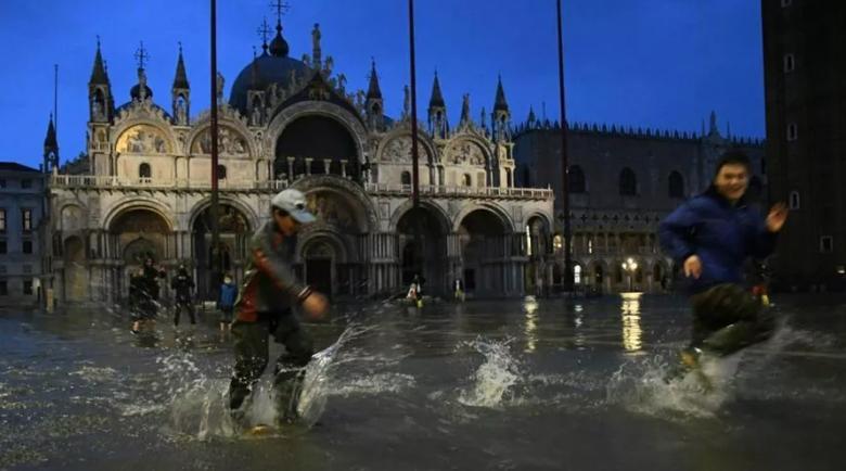 прилив в Италии