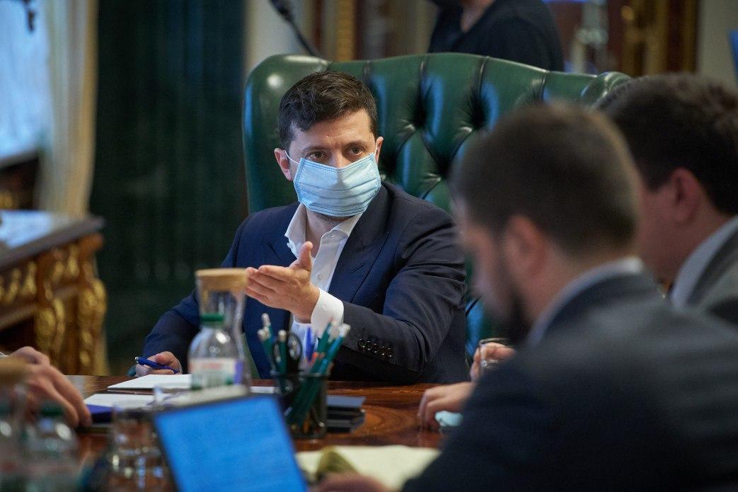 Владимир Зеленский в маске о коронавируса